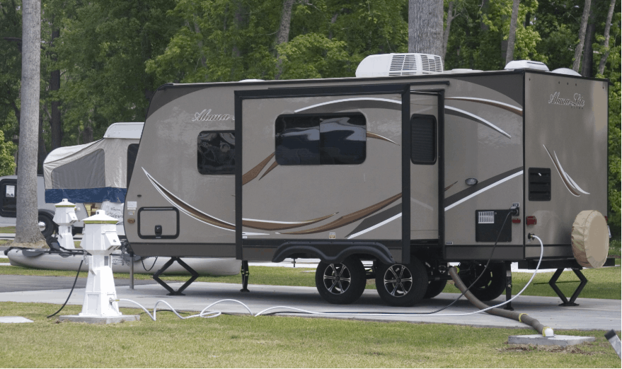 Average Weight Of A Travel Trailer (With 35 Examples)