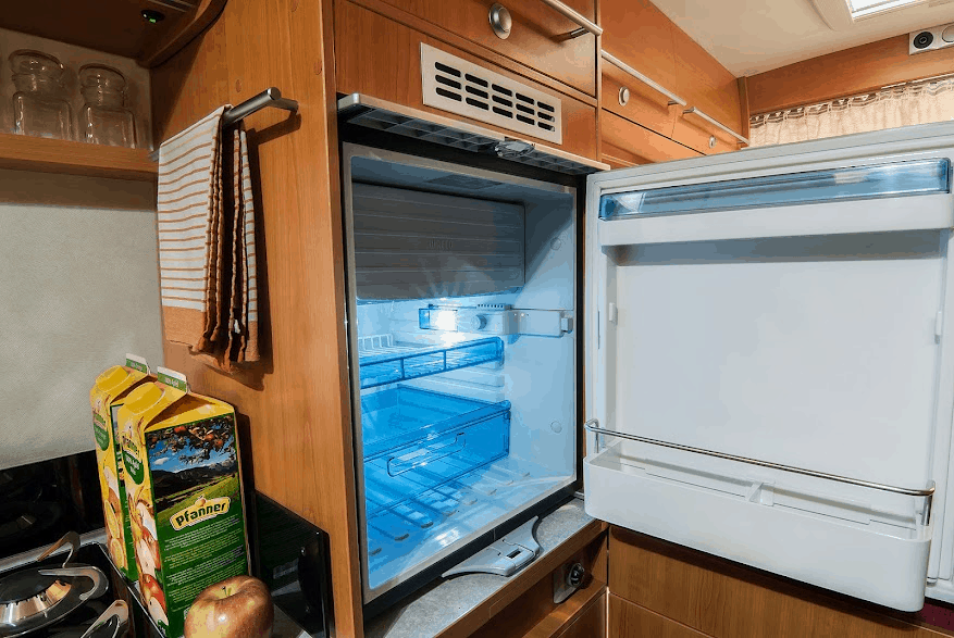 Should i keep rv refrigerator running all the time ?