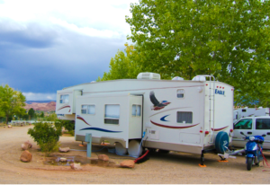 Is fifth wheel a travel trailer ?