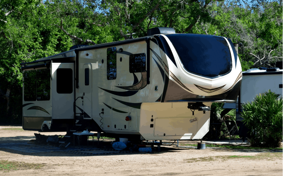 23 key things to know before buying a fifth wheel