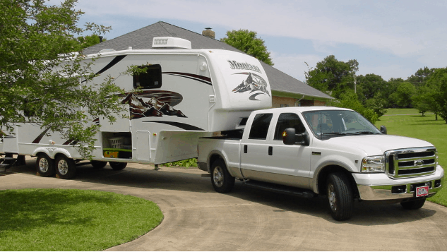 towing a fifth wheel