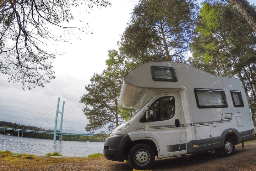 How Do RVs Get Water ?