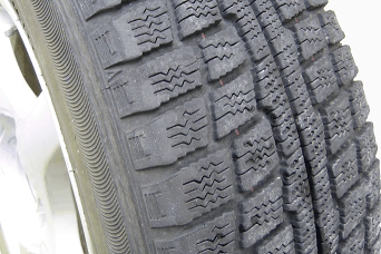 rv tire with damage