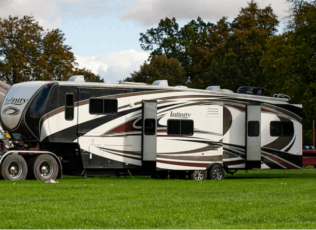 10 Best Fifth Wheel RV's For Every Budget