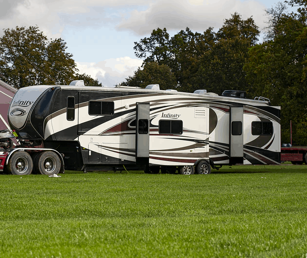 a fifth wheel with 2 slide out