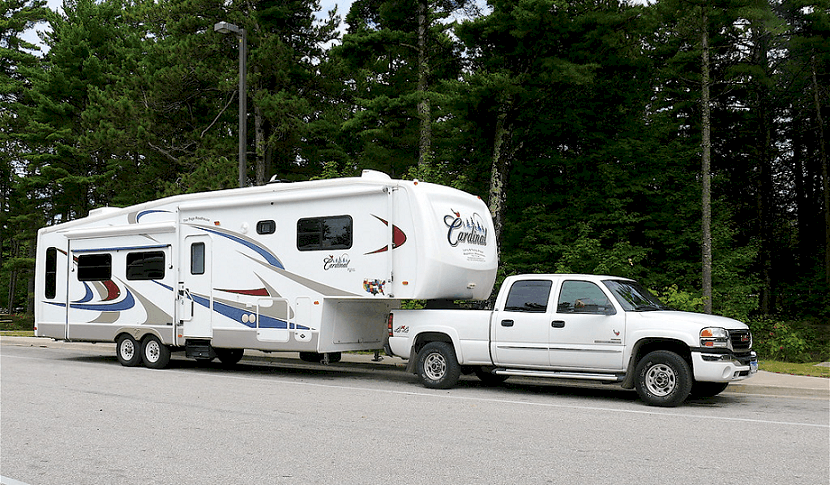Hitching and Unhitching a 5th Wheel Trailer