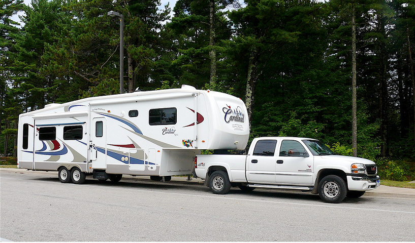 Where can I Rent a Truck to Pull a Fifth Wheel ?
